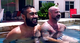 BearFilms - Daddy Bears - Scotty Rage and Avi Strider - PornGayBB.com