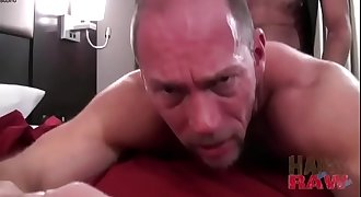 HORNY HOT GAY DADDIES FUCK BAREBACK