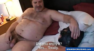 Hung daddy bear fucking